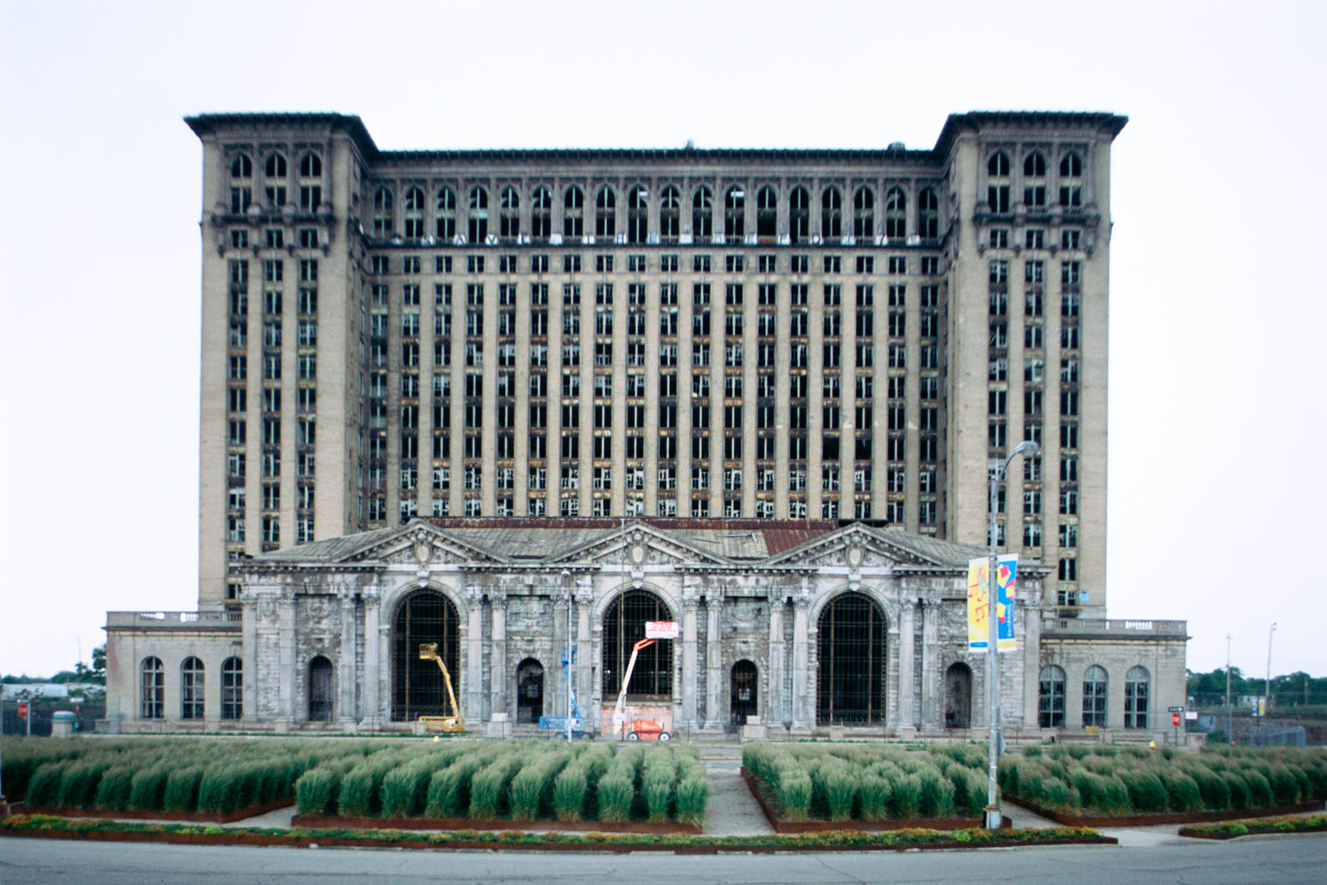 06_Former Michigan Central Railroad Station, Detroit, June 2011_-DUP.jpg