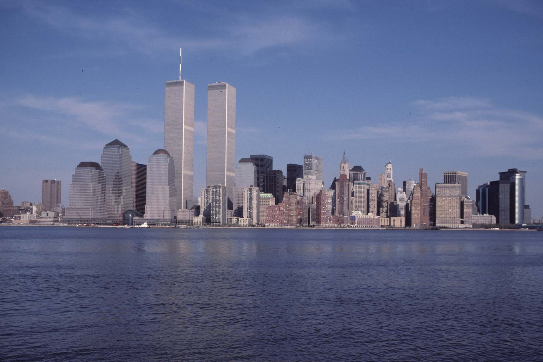 07_View of the WTC from Exchange Place, Jersey City, 1989_-DUP.jpg