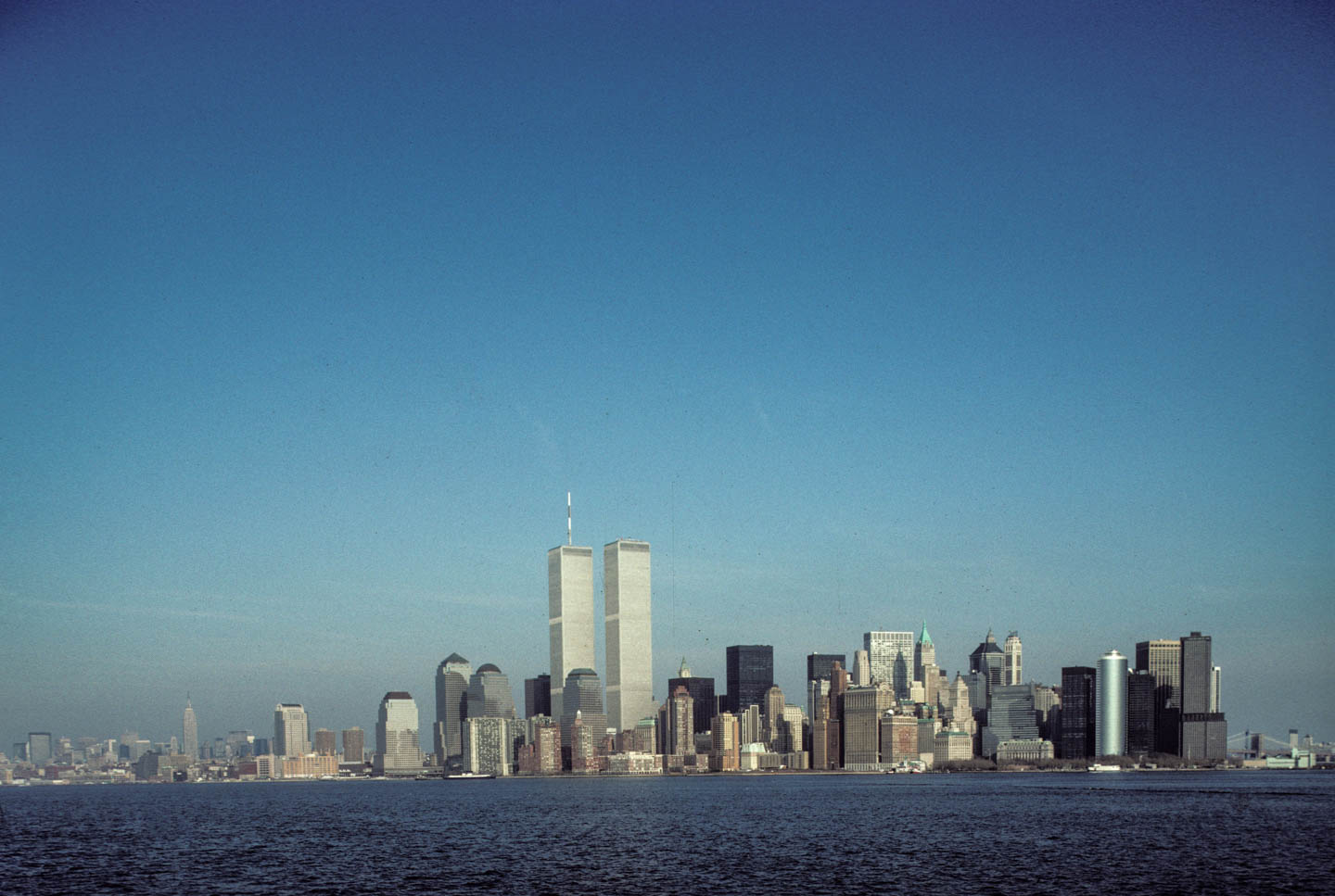 1-ViewoftheWTCfromtheStatenIslandFerry1992_