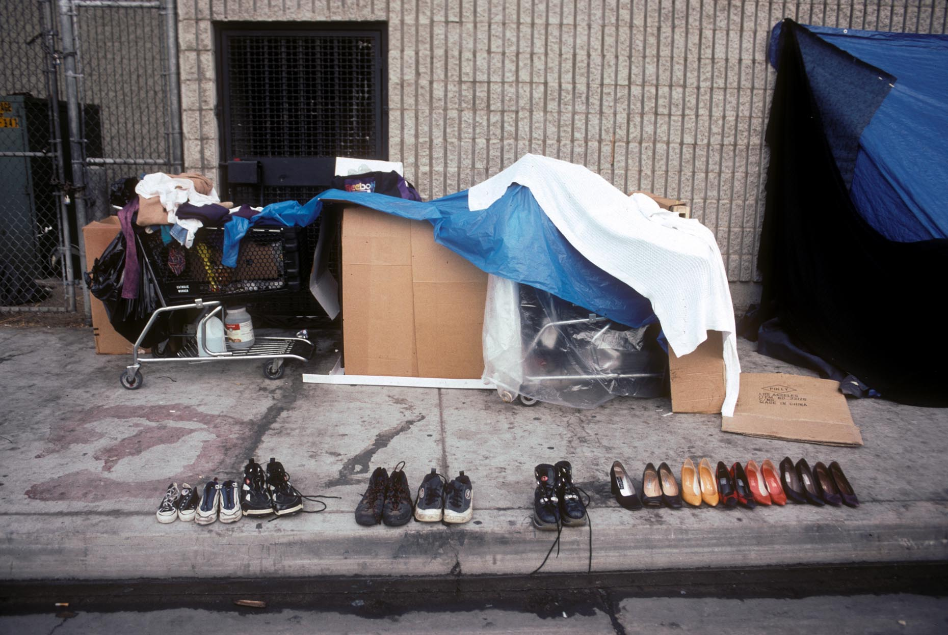12_Gladys Ave-DUP2. S. of 6th St. Skid Row, 1999_.jpg