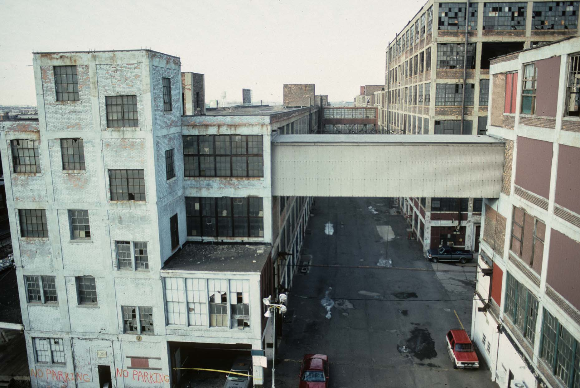 15_View N-DUP. from E. Grand Blvd. at Concord, Former Packard Plant, Detroit, 1998_.jpg