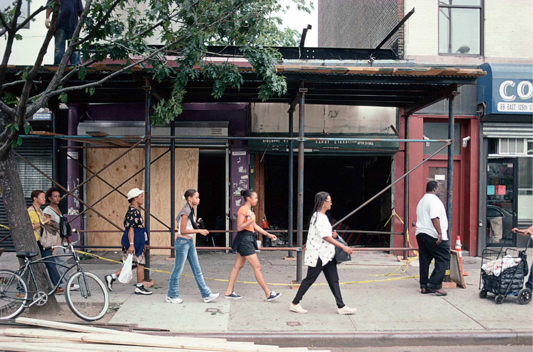 16_65 East 125th St., Harlem, 2001_.jpg