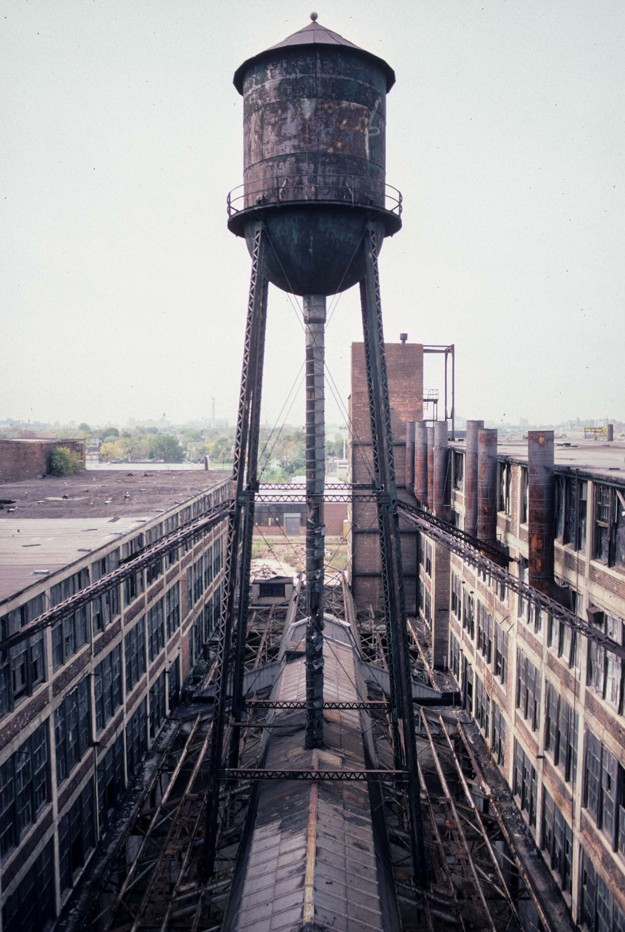 19_Water Tower, Former Packard Plant, E. Grand Blvd. at Concord, Detroit, 2000_.jpg
