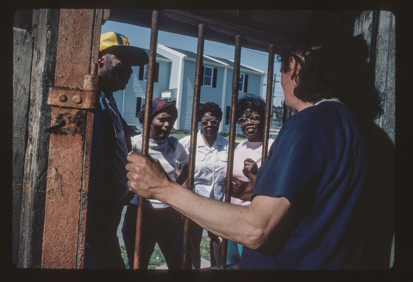26-Kea speaking to visitors, Bergen St. at 14th Ave., Newark, 1987 .tif