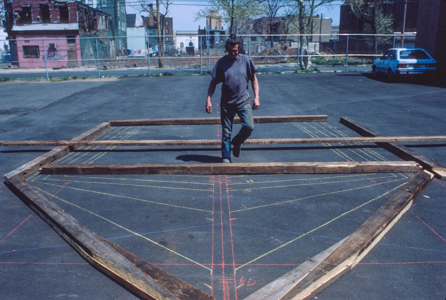 4-Kea designing the ark, Bergen Street at 14th Ave., Newark, 1985_