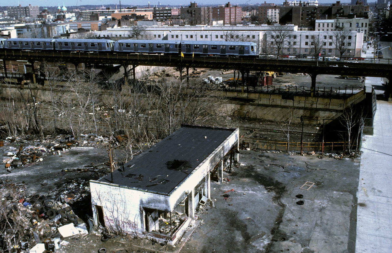 40-ViewalongBlakeAve.fromJuniusSt.Brooklyn1991_