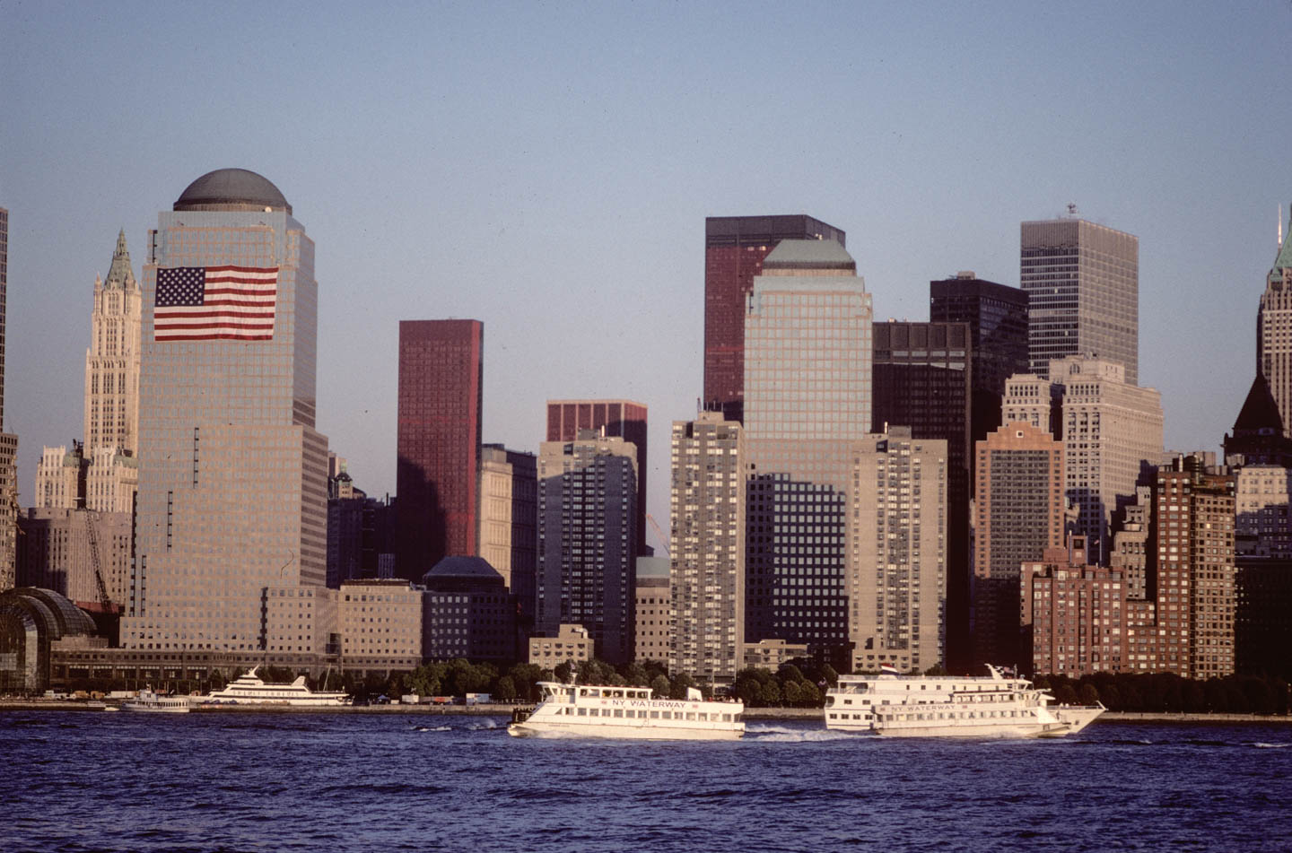 8-View of WTC area from Exchange place, Jersey City, 2001_